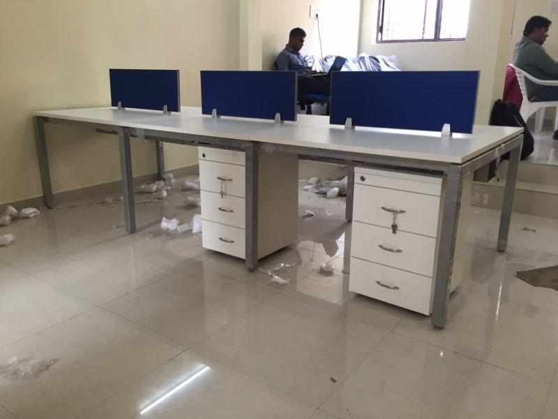 open_desk_workstations_2