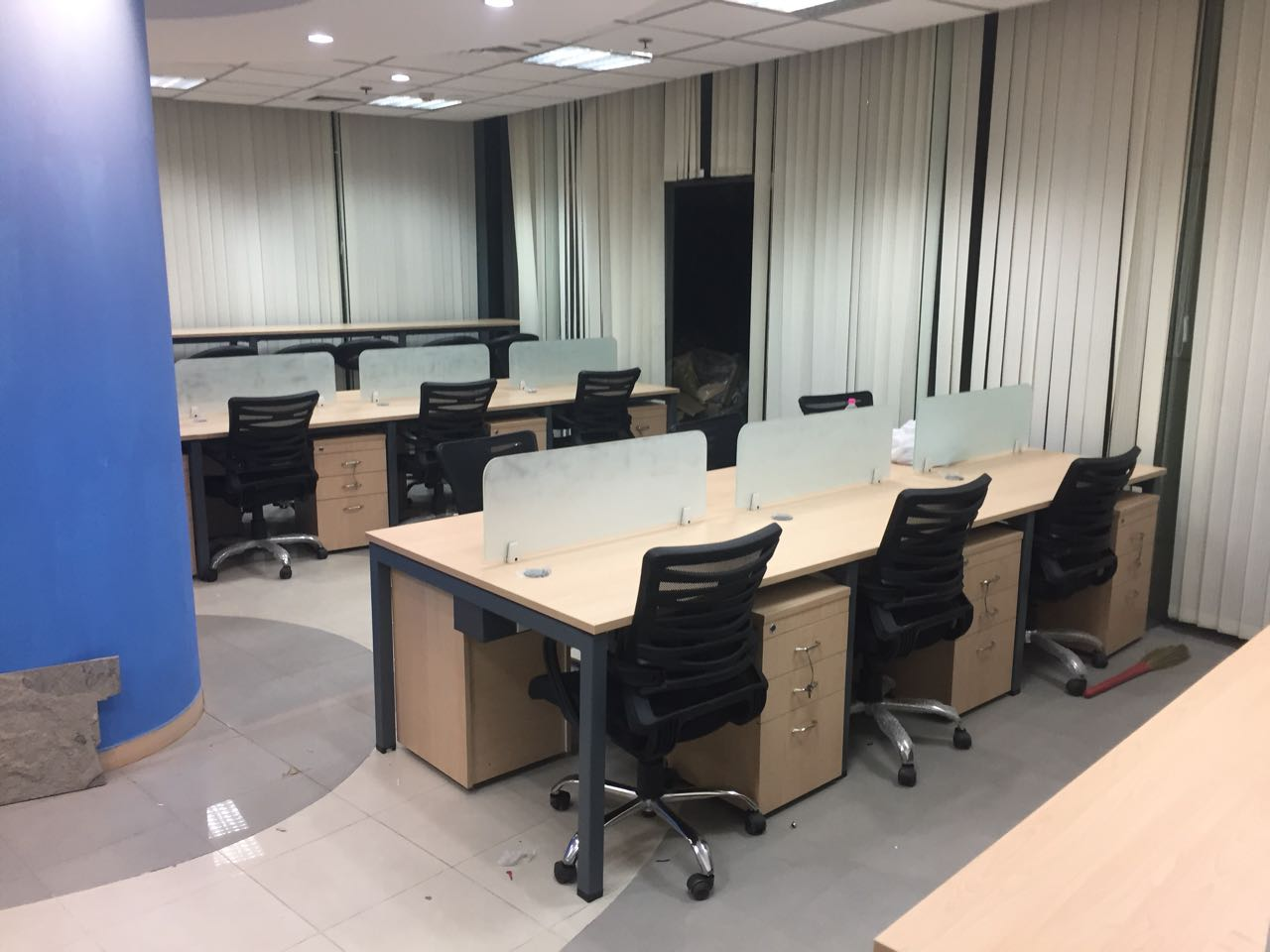 buy office furniture gurgaon