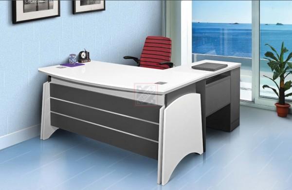 Office Table Design In Delhi