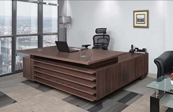 Office Table Design In Gurgaon